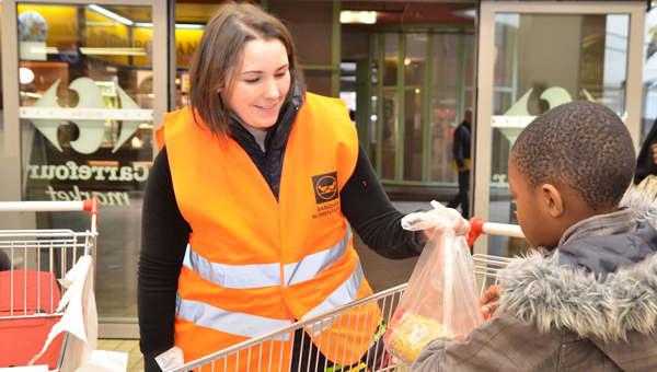Les Banques Alimentaires volunteer
